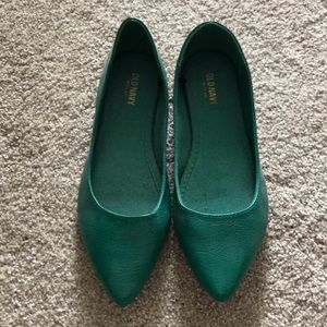 Never worn Old Navy green flats